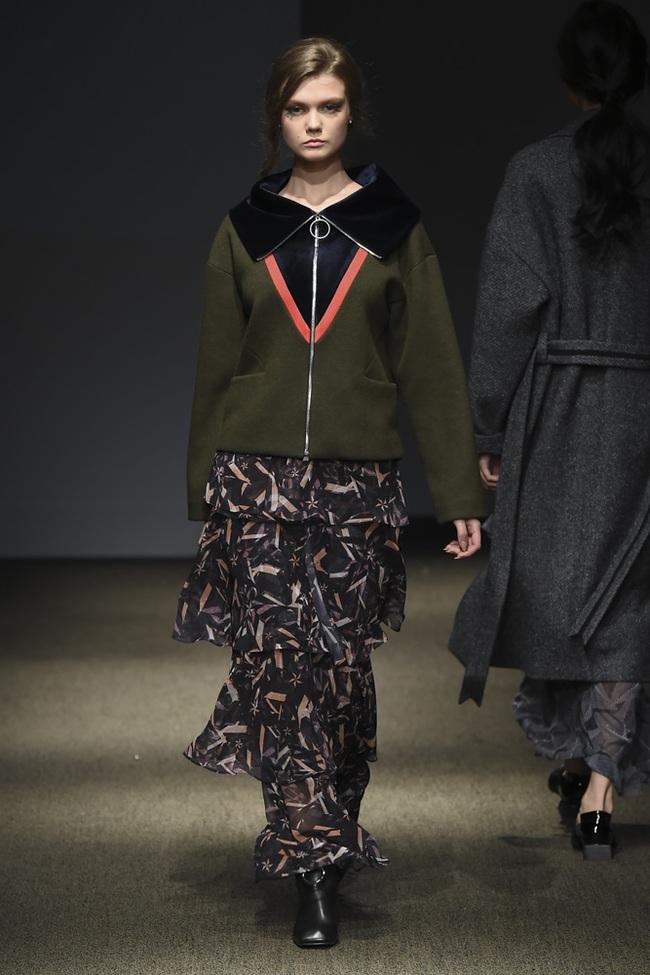 Trong một diễn biến khác: Ngọc Châu Next Top là mẫu Việt đầu tiên trình diễn tại Seoul Fashion Week - Ảnh 9.