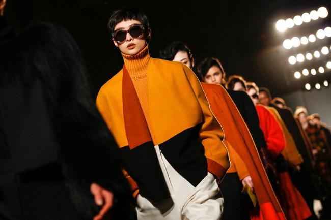 Tuần lễ thời trang Milan: Chiêm ngưỡng để biết cổ tích đôi khi có thật! - Ảnh 35.