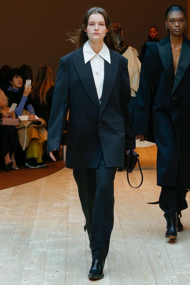 Đúng dự đoán, Dior out khỏi Top những bộ sưu tập xuất sắc nhất Tuần lễ thời trang Paris - Ảnh 42.