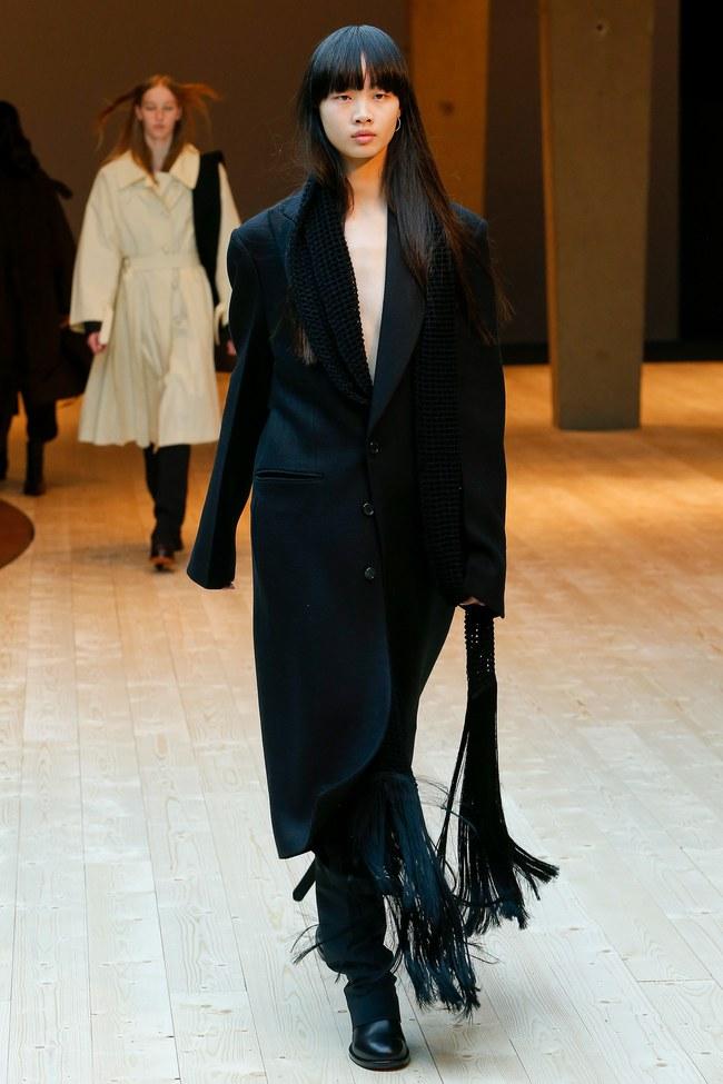 Đúng dự đoán, Dior out khỏi Top những bộ sưu tập xuất sắc nhất Tuần lễ thời trang Paris - Ảnh 43.