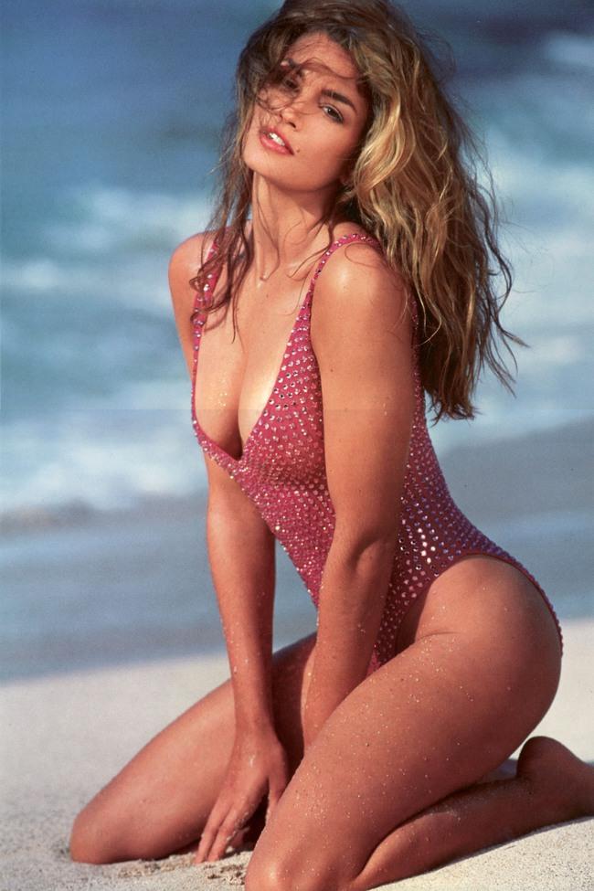 Những huyền thoại sắc đẹp của thập niên 90 khiến bạn thốt lên: Đây mới đúng là nữ thần! - Ảnh 4.