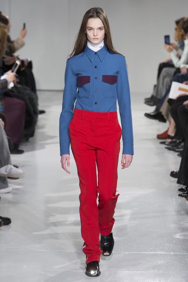 Mở mang tầm mắt với 8 BST không-thể-không-xem của Tuần lễ thời trang New York - Ảnh 36.