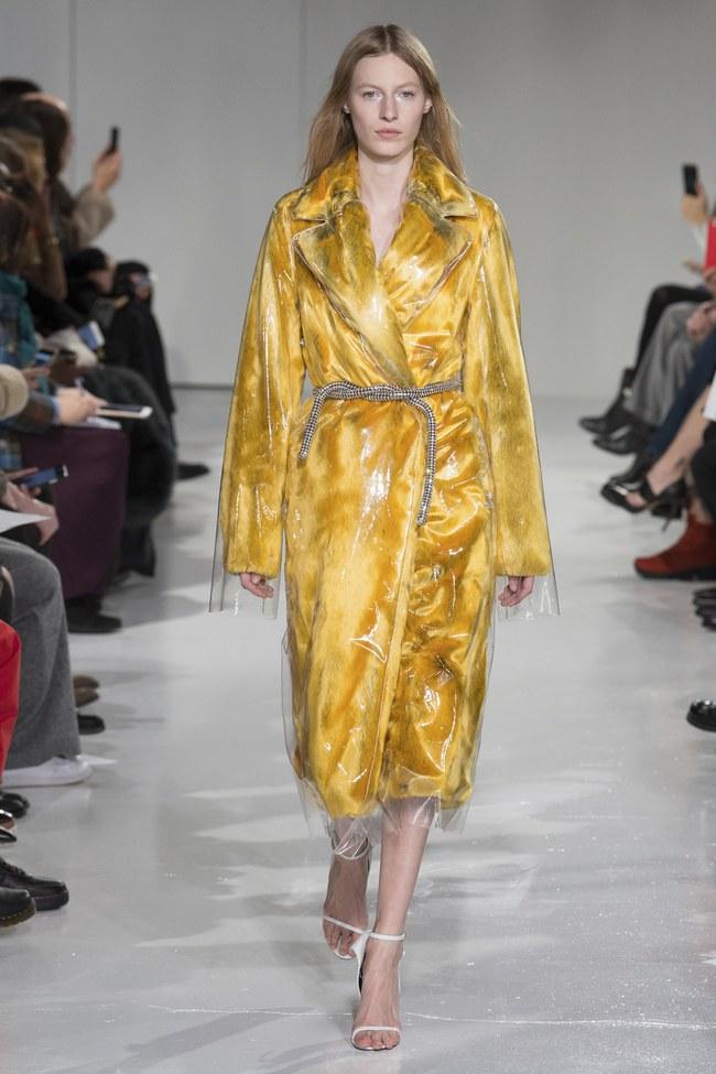 Mở mang tầm mắt với 8 BST không-thể-không-xem của Tuần lễ thời trang New York - Ảnh 38.