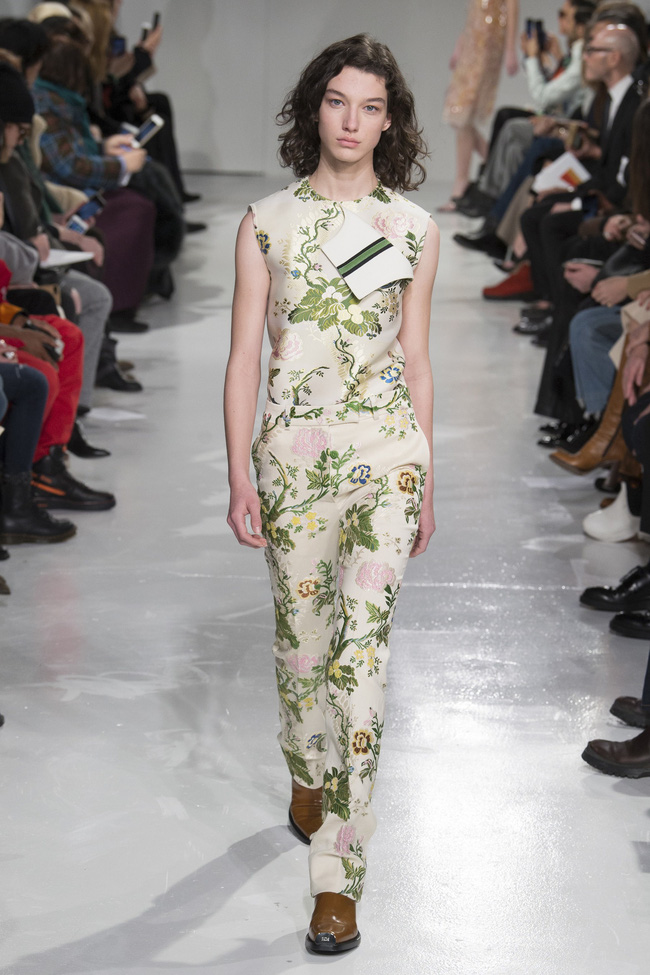 Mở mang tầm mắt với 8 BST không-thể-không-xem của Tuần lễ thời trang New York - Ảnh 40.