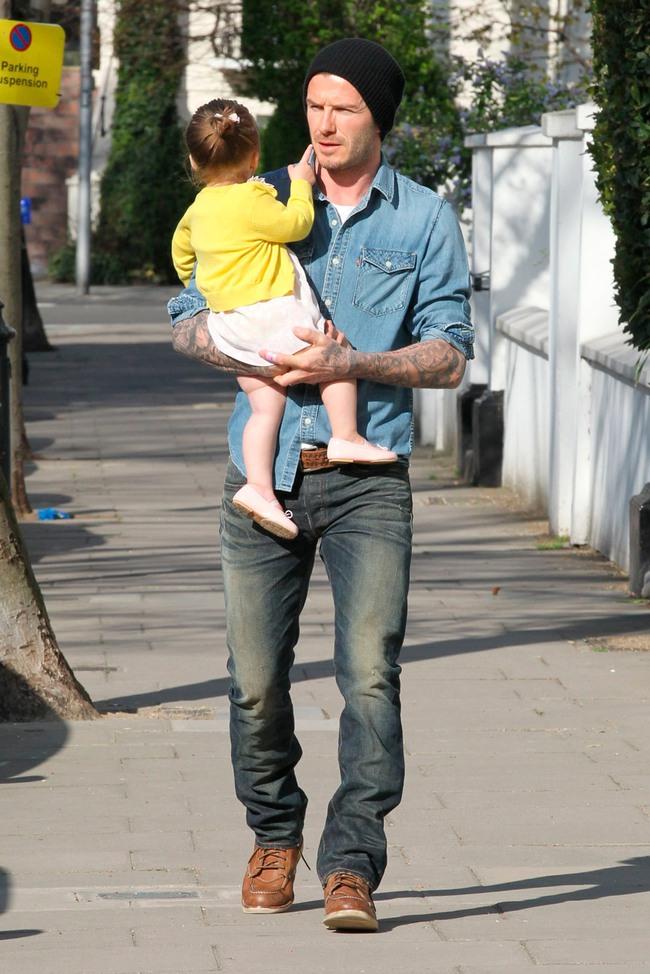 Ước mơ của mọi ông chồng: David Beckham có đến hơn 1.000 đôi giày, đè bẹp cả tủ giày của vợ - Ảnh 11.
