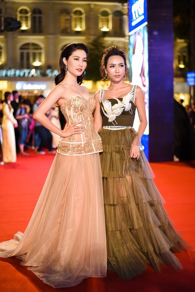 Diệu Nhi bất ngờ bị cư dân mạng tố mặc váy nhái Dior - Ảnh 3.