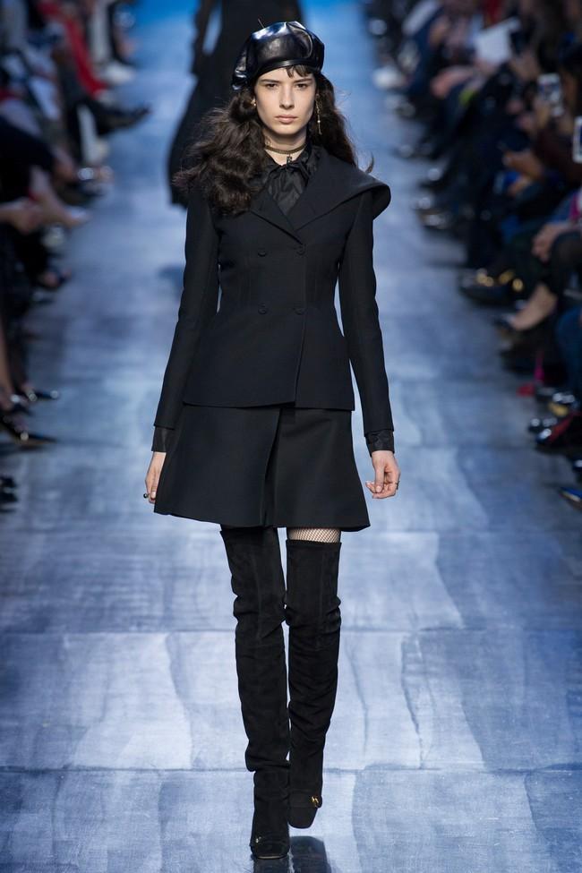 NTK Đỗ Mạnh Cường và giới mộ điệu Việt chê ỏng chê eo BST mới nhất của Dior - Ảnh 21.