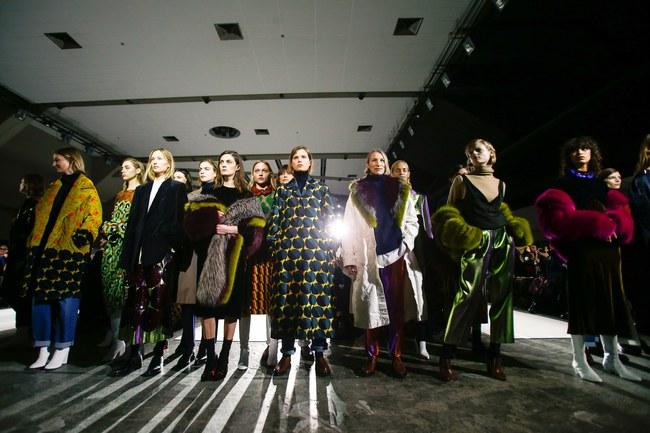 Đúng dự đoán, Dior out khỏi Top những bộ sưu tập xuất sắc nhất Tuần lễ thời trang Paris - Ảnh 33.