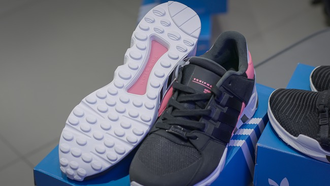 Đập hộp một trong những dòng giày đã khiến adidas trở thành bất tử như ngày hôm nay - Ảnh 11.