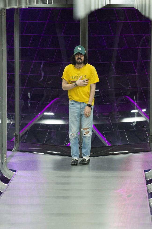 HOT: Hồ Ngọc Hà diện đồ sexy giá hàng trăm triệu, vui tươi tạo dáng bên Tom Hiddleston tại show Gucci - Ảnh 37.