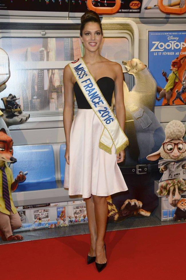 Tân Hoa hậu Hoàn vũ: Trên sân khấu lộng lẫy bao nhiêu, đời thường lại giản dị bấy nhiêu - Ảnh 10.