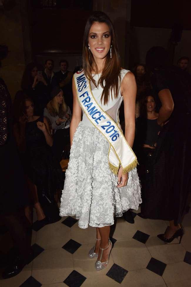 Tân Hoa hậu Hoàn vũ: Trên sân khấu lộng lẫy bao nhiêu, đời thường lại giản dị bấy nhiêu - Ảnh 11.