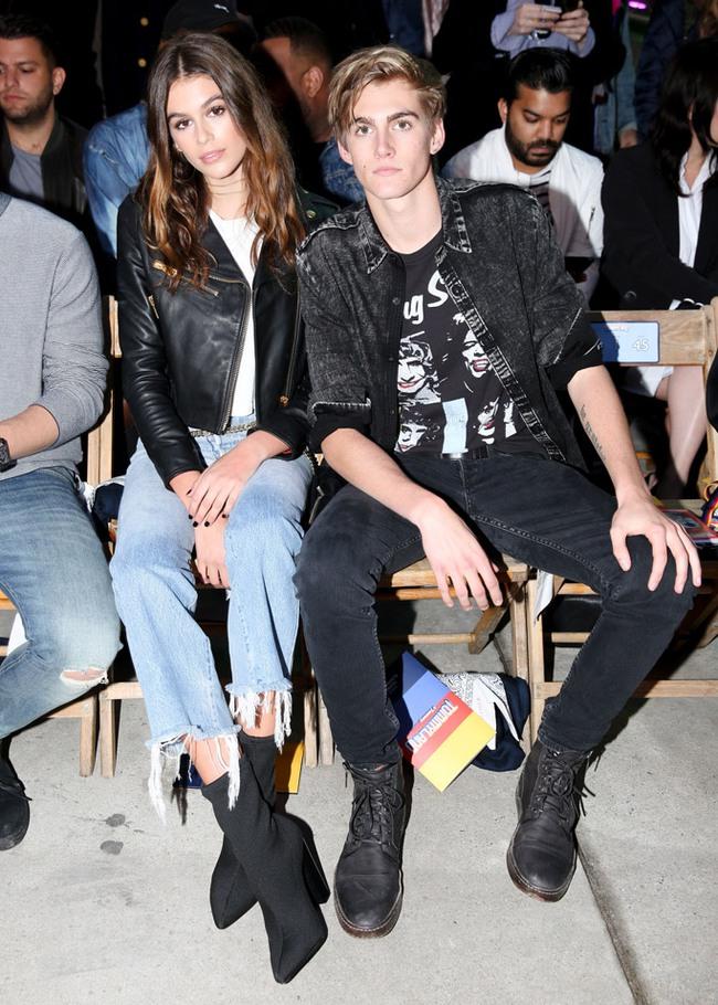 Cùng dự show Tommy Hilfiger, Jessica Jung được Vogue khen nổi bật không kém Lady Gaga - Ảnh 6.