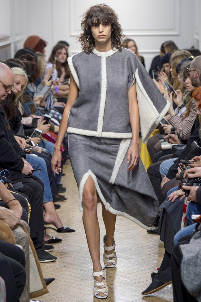 5 BST như minh chứng cho thấy Tuần lễ thời trang London chẳng chán tẹo nào! - Ảnh 2.
