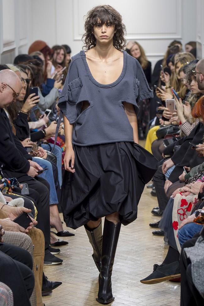 5 BST như minh chứng cho thấy Tuần lễ thời trang London chẳng chán tẹo nào! - Ảnh 5.