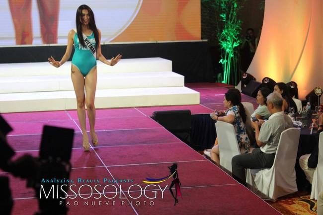 Đại diện Việt Nam - Lệ Hằng nói gì sau sự cố suýt té khi trình diễn bikini tại Hoa hậu Hoàn vũ 2016? - Ảnh 2.