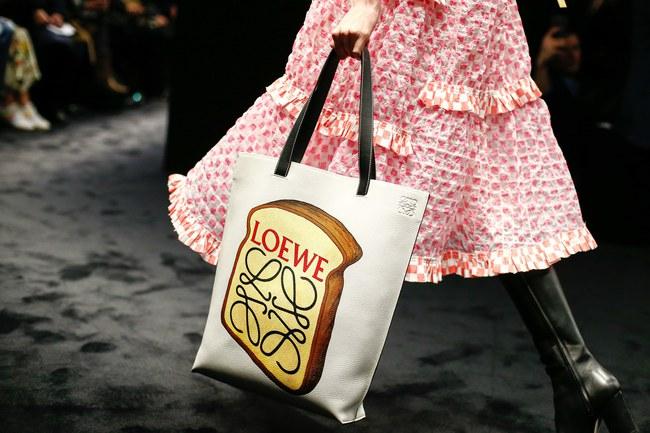 Đúng dự đoán, Dior out khỏi Top những bộ sưu tập xuất sắc nhất Tuần lễ thời trang Paris - Ảnh 36.