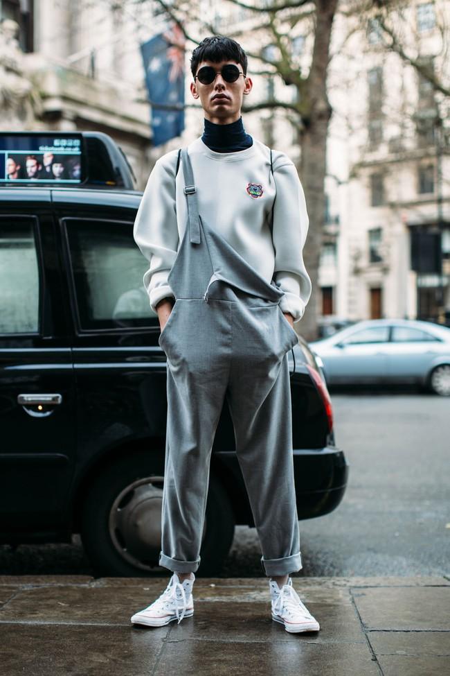 Tuần lễ thời trang nam: Nơi street style trở thành cái cớ để phái mạnh chặt chém nhau hết mình - Ảnh 18.