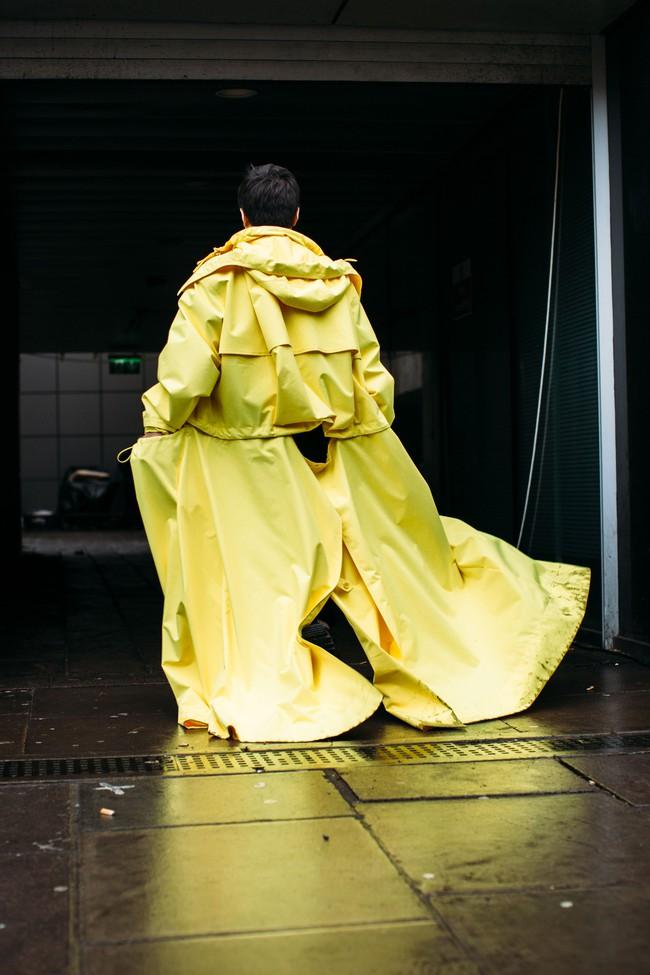 Tuần lễ thời trang nam: Nơi street style trở thành cái cớ để phái mạnh chặt chém nhau hết mình - Ảnh 11.