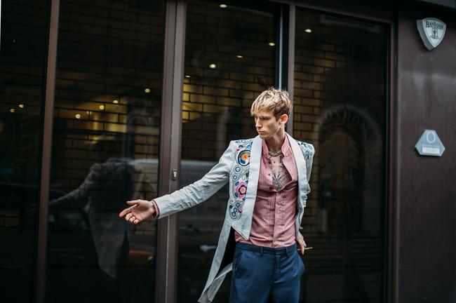 Tuần lễ thời trang nam: Nơi street style trở thành cái cớ để phái mạnh chặt chém nhau hết mình - Ảnh 3.
