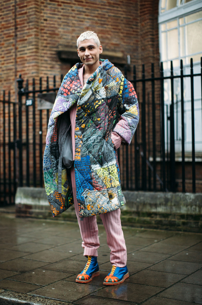 Tuần lễ thời trang nam: Nơi street style trở thành cái cớ để phái mạnh chặt chém nhau hết mình - Ảnh 1.