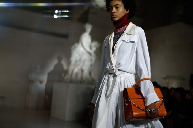 Đúng dự đoán, Dior out khỏi Top những bộ sưu tập xuất sắc nhất Tuần lễ thời trang Paris - Ảnh 23.