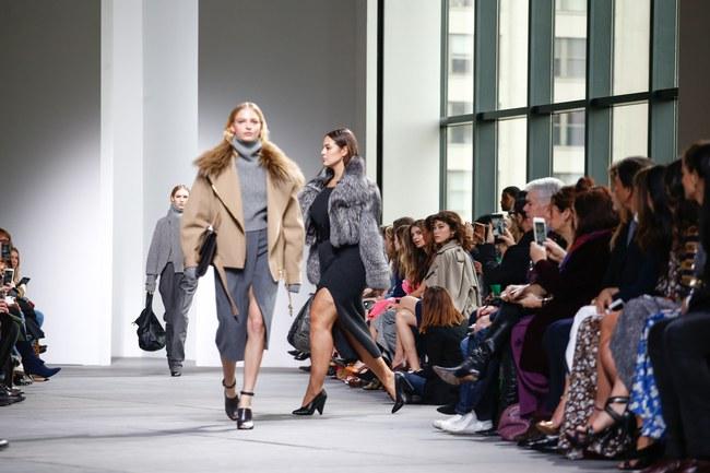 Mở mang tầm mắt với 8 BST không-thể-không-xem của Tuần lễ thời trang New York - Ảnh 11.