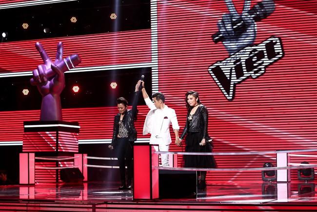 Giọng hát Việt: Ali Hoàng Dương đánh bại cặp sinh đôi với hit Phan Mạnh Quỳnh - Ảnh 11.