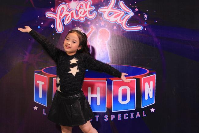 Ca nương nhỏ tuổi nhất Việt Nam khiến diva Mỹ Linh bất ngờ - Ảnh 13.