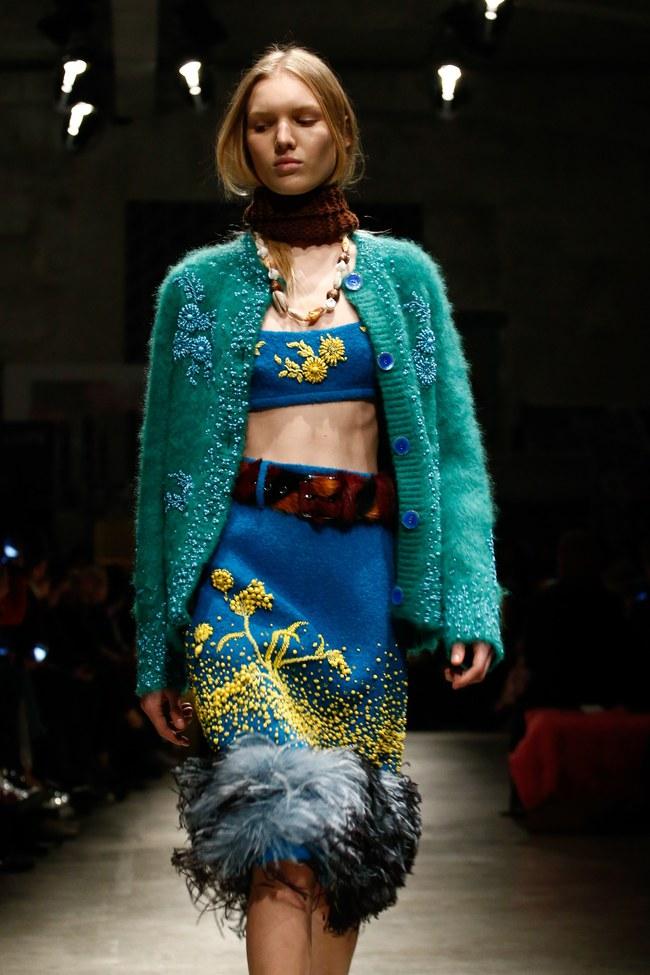 Tuần lễ thời trang Milan: Chiêm ngưỡng để biết cổ tích đôi khi có thật! - Ảnh 13.