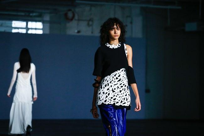 Mở mang tầm mắt với 8 BST không-thể-không-xem của Tuần lễ thời trang New York - Ảnh 23.