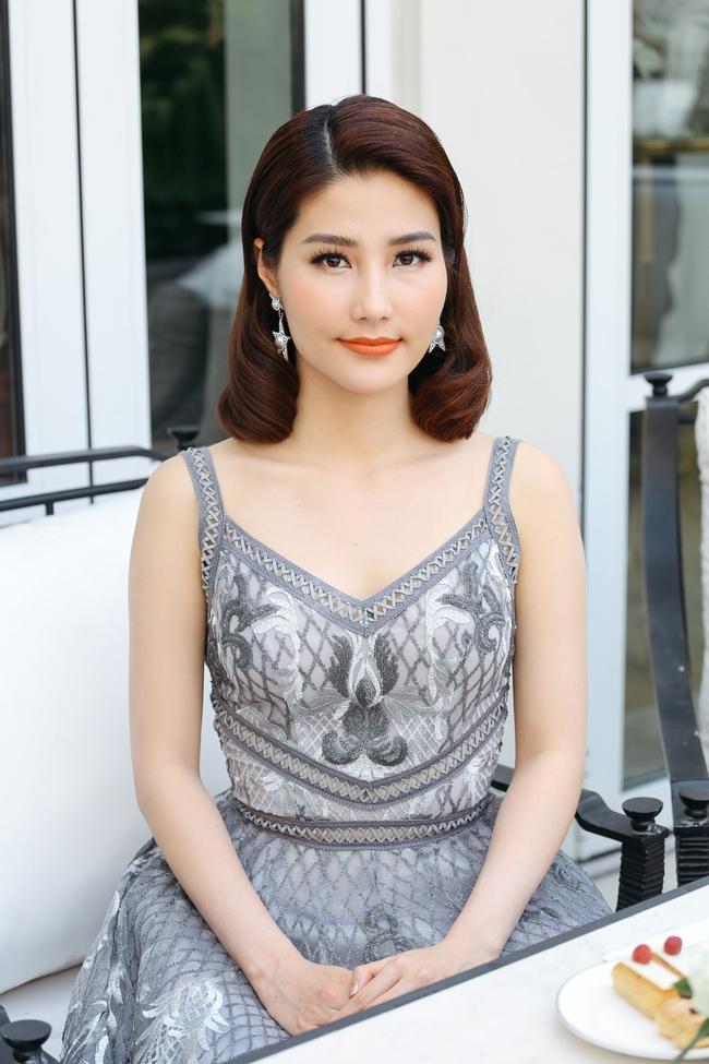 Coco Rocha vui vẻ trò chuyện cùng Chi Pu - Gil Lê, tiết lộ rằng Không biết siêu mẫu Việt nào - Ảnh 12.