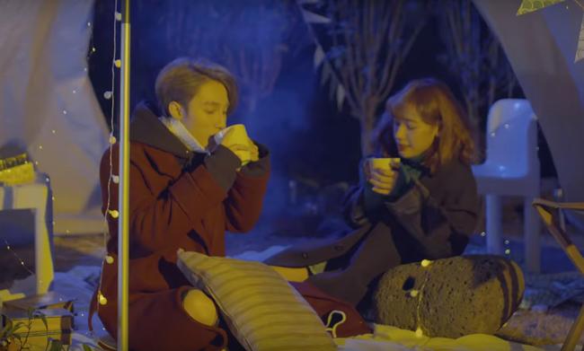 Không chỉ có giai điệu, MV Valentine của Sơn Tùng còn gây chú ý vì mặc toàn đồ Hàn size nữ! - Ảnh 15.
