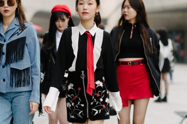 Seoul Fashion Week: nơi duy nhất mà street style phái mạnh trưng trổ đè bẹp cả cánh chị em! - Ảnh 20.