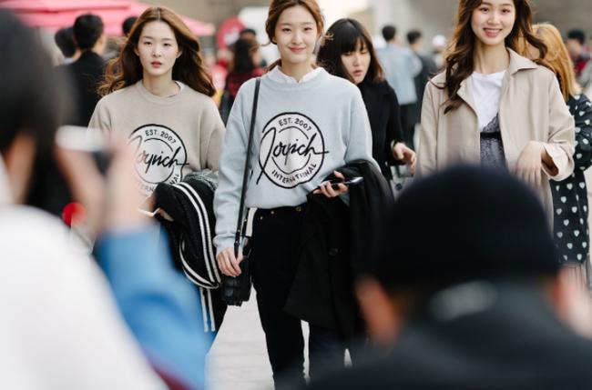 Seoul Fashion Week: nơi duy nhất mà street style phái mạnh trưng trổ đè bẹp cả cánh chị em! - Ảnh 21.