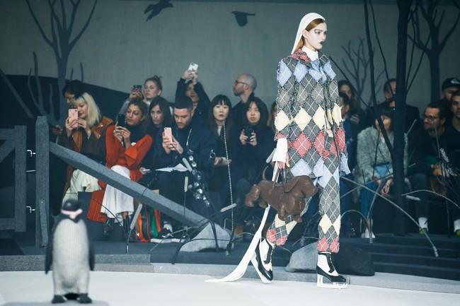 Mở mang tầm mắt với 8 BST không-thể-không-xem của Tuần lễ thời trang New York - Ảnh 6.