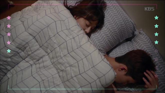 HOT: Náo loạn trước cảnh giường chiếu của Park Seo Joon và Kim Ji Won! - Ảnh 7.