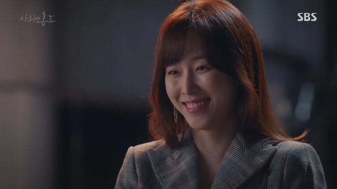Hành động này của Seo Hyun Jin đã khiến người mê cô cũng phải khiếp đảm - Ảnh 3.