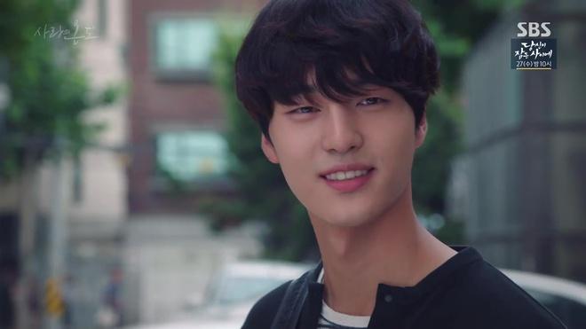 Ai sướng bằng Seo Hyun Jin: Mới được nam chính đòi yêu, đã được nam phụ đòi cưới - Ảnh 14.