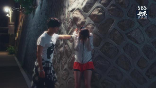 Hành động này của Seo Hyun Jin đã khiến người mê cô cũng phải khiếp đảm - Ảnh 6.
