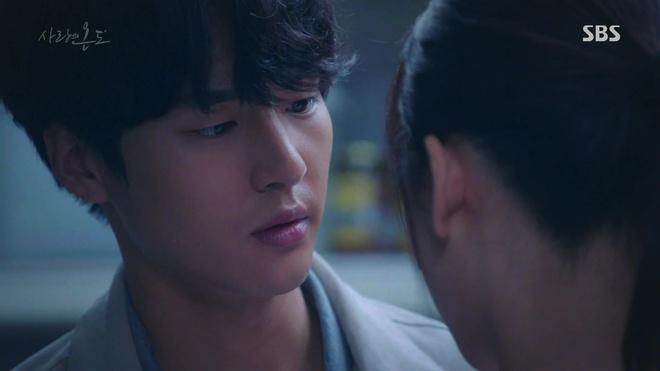 Hành động này của Seo Hyun Jin đã khiến người mê cô cũng phải khiếp đảm - Ảnh 10.