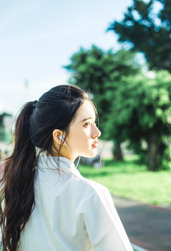Cô bạn Trung Quốc với vẻ đẹp được ví như nắng sớm khiến người ta nhớ mãi không quên - Ảnh 4.