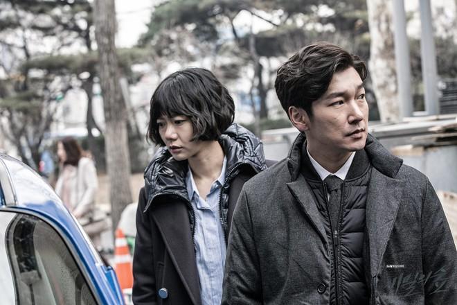 12 phim thắng Baeksang và thập kỷ vàng son của truyền hình Hàn: Mở màn oanh liệt với Hyun Bin nhưng kết thúc đầy tranh cãi - Ảnh 9.