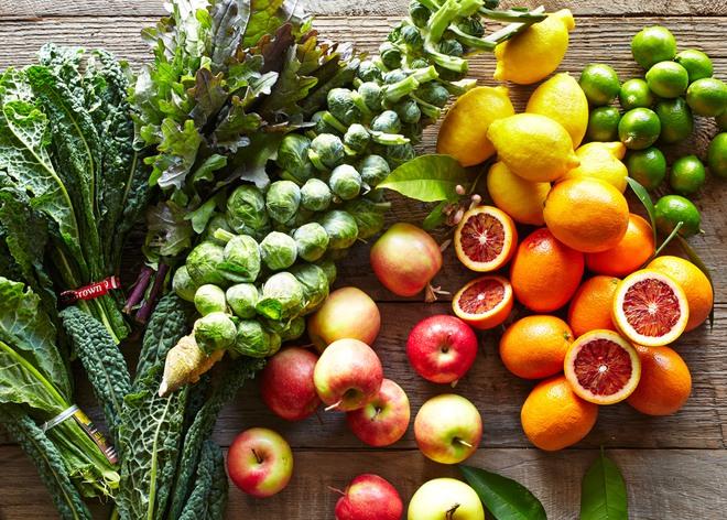 6 dấu hiệu đặc trưng cảnh báo bạn đang ăn quá ít rau quả mỗi ngày - Ảnh 2.