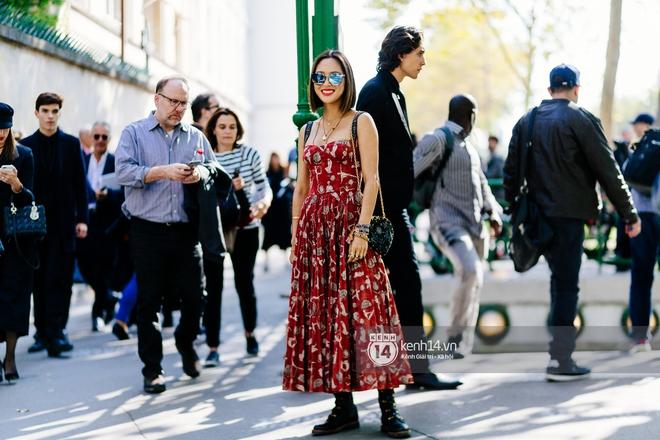Chiêm ngưỡng loạt streetstyle cực chất tại ngày thứ 2 Paris Fashion Week qua ống kính nhiếp ảnh gia người Việt - Ảnh 4.