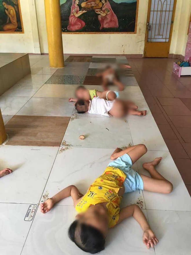 """Sư cô bị tố bỏ đói trẻ mồ côi, để các bé nằm ngủ trên nền nhà dơ bẩn: """"Ở Tịnh xá đầy đủ nhu yếu phẩm, chỉ thiếu bảo mẫu"""" - Ảnh 2."""