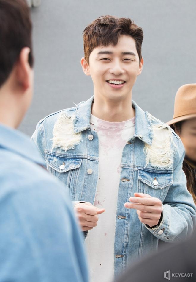 Điểm danh 12 chàng diễn viên xứ Hàn sở hữu đôi mắt một mí cực hút - Ảnh 5.