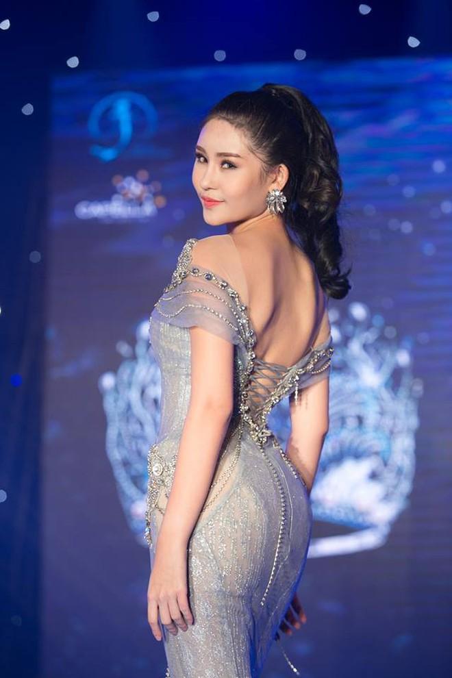 Cấp báo: Số lượng Hoa hậu đăng quang ngày hôm nay đã lên đến con số 7! - Ảnh 2.