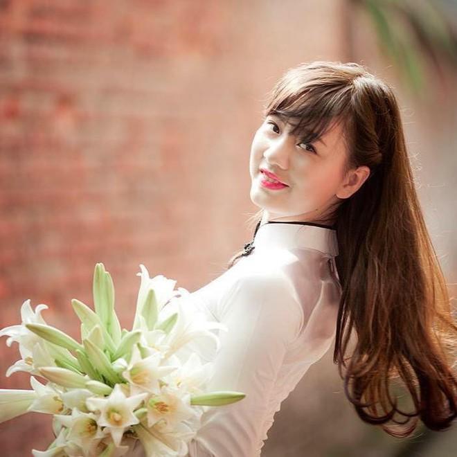 Điểm danh những Hoa khôi, Á khôi tài sắc vẹn toàn đã chọn trở thành cô giáo, giảng viên ĐH - Ảnh 10.
