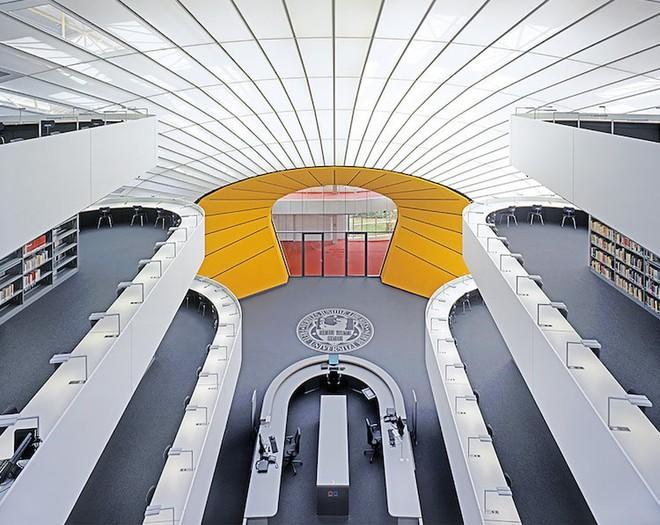 Ngắm những thư viện đẹp nhất thế gian qua ống kính nhiếp ảnh gia người Đức - Ảnh 25.